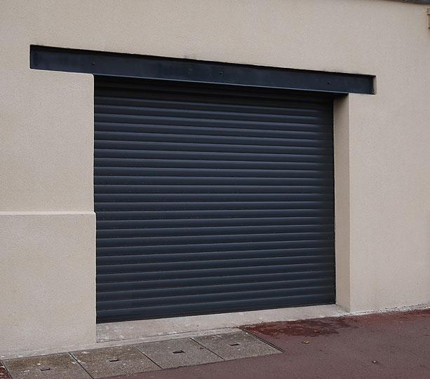 Portes de garages h rmann rueil malmaison for Garage toudic rueil